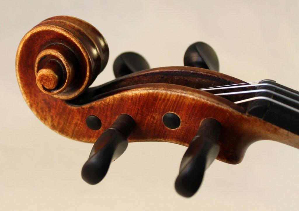 Michele De Luccia violin scroll
